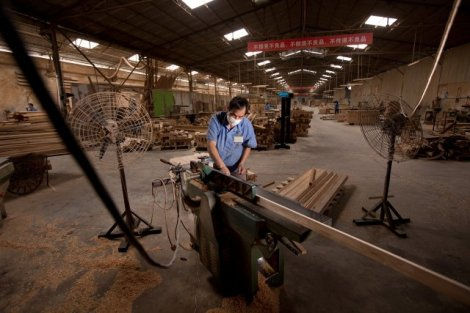 Hongyuan furniture factory (by www.forbesconrad.com)