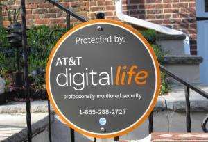 """AT&T Digital Life - il pacchetto integrato di servizi e prodotti Home Automation della maggiore """"telco"""" americana. Un esempio di colossi consolidati che investono nel settore."""